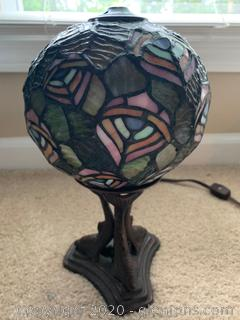 Tiffany Style Round Table Lamp