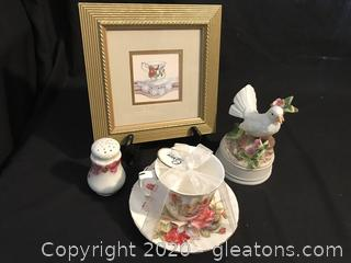 Picture, musical Dove, cup and saucer , Hat pin Shaker