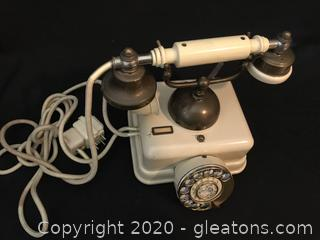 Vintage Victorian Dial Up Telephone
