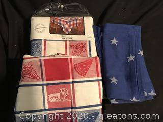 Two table cloths 4 star napkins