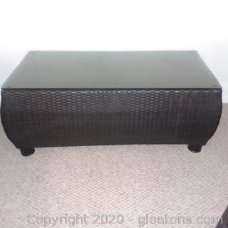 Highend Black Wicker Accent/Coffee Table With Glass Top