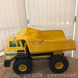 Vintage Mighty Diesal Dump Truck (A)