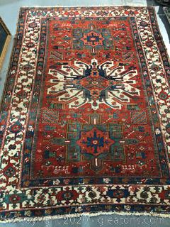 5' x 7' Unbranded Area Rug.