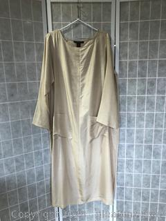 Caftan Of 100% Silk By Donna Karan Intimates. (Size M/L)