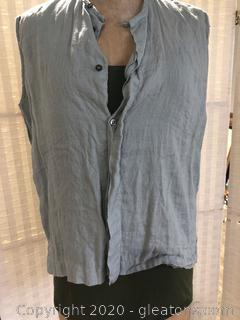 2 Piece Top Set-1 Piece Is 100% Linen.  Neiman Marcus Size 1/No Bounderies Size XL
