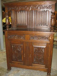 Berkey and Gay Buffet Cabinet (Oak Wine)