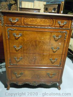 Vintage Johnson Furniture Co.5 Drawer Chest of Drawers French Provential