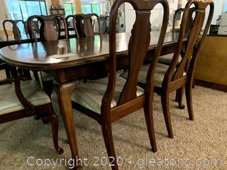 Vintage Queen Anne Dining Set