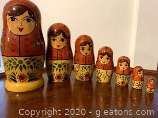 7 Piece Matryoshka Wooden Nesting Dolls Russian Hand Painted