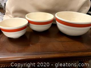 Vintage Bake Oven Nesting Bowls Set of 3
