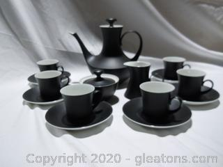 Black Bidasoa Tea Set