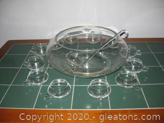 Nice Glass Punch Bowl With Lad And 12 Cups