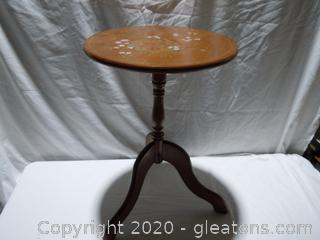 Flip-Top Pedestal Table