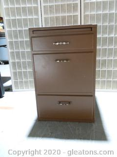 3 Drawer Wooden Cabinet With Pull-Out Tray