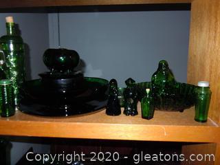 It's A Jolly Green Shelf Lot B