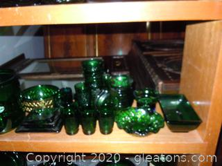 It's A Jolly Green Shelf Lot D