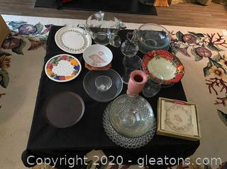 Pfaltzgraff Holiday Gold Dessert Plates & Assortment of Serving Plates