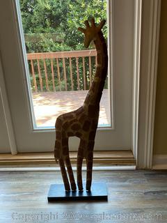 "32"" Metal Giraffe Statue"