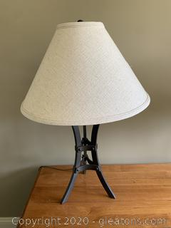 (A) Metal Ethan Allen Table Lamp