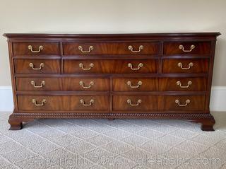 Vintage Bernhardt 10-Drawer Dresser