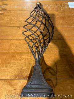 Wire Finial (B)