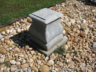 Single Concrete Pedestal