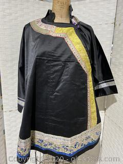 Traditional Chinese Woman's Blouse