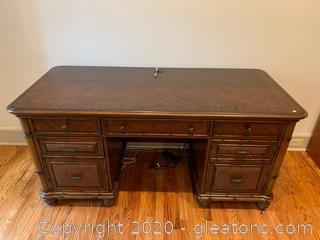 Haverty's Desk