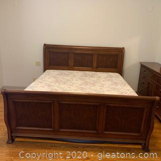 Hooker Furniture King Sized Sleigh Bed
