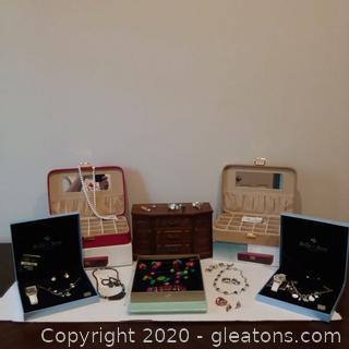 Lady's Jewelry Lot