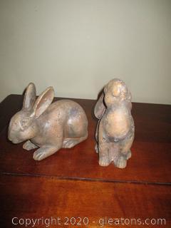 Pair of Small Bunnies Decor