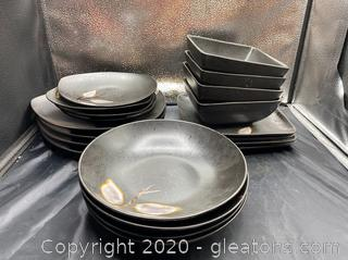 Ceramic and Porcelain Dish Set