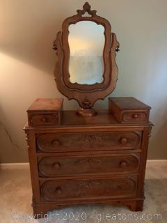 Antique American Walnut Chest of Drawers With Mirror