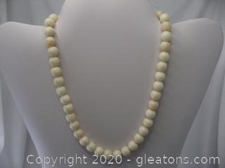 14K Vintage Coral Bead Necklace