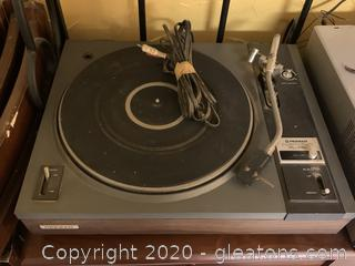 Pioneer Automatic Return Stereo Turntable