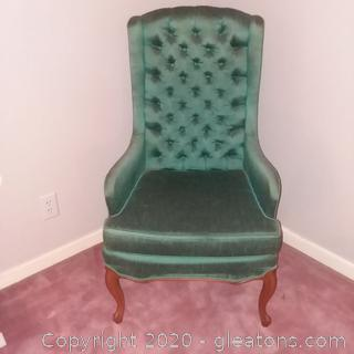 Vintage Hickory Hill Tufted Back Accent Chair A