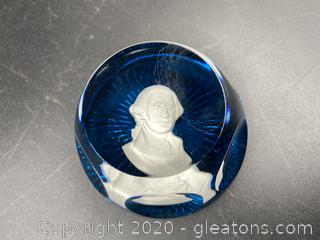 The Franklin Mint 1977 Baccarat Paperweight
