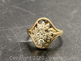14K Solid Gold Ring W/Gemstone