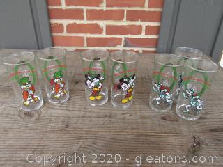 7 Vintage Coca Cola Company Drinking Glasses / Mickey's Christmas Carol 1982 Walt Disney Productions / 2 Mickey Mouse and Tiny Tim / 2 Scrooge McDuck as Ebenezer Scrooge / 3 Goofy as Marley's Ghost