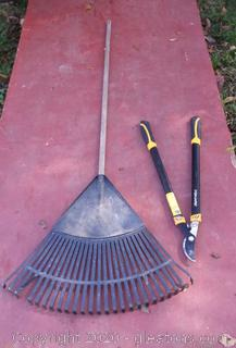 2 Yard Work Tools
