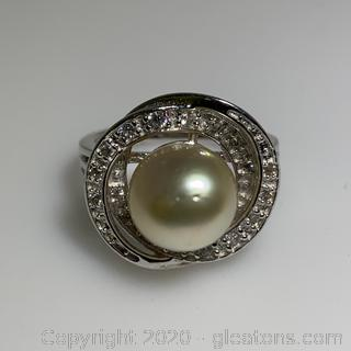 Sterling Silver Pearl Ring with White Topaz