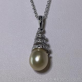 Sterling Silver Pearl Necklace with White Topaz