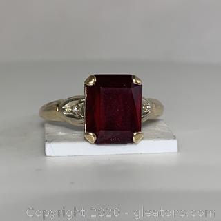 14k Y G Garnet and Diamond Ring