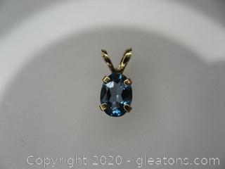 10kt Gold London Blue Topaz Pendant