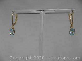 14kt Sky Blue Topaz Earrings