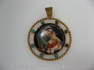 14 kt Mother & Child Medallion Pendant
