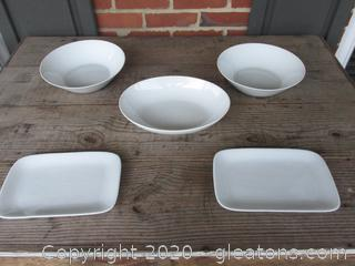 Extra White Serving Pieces