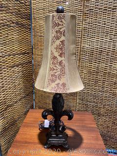 Fleur-De-Lis Style Table Lamp