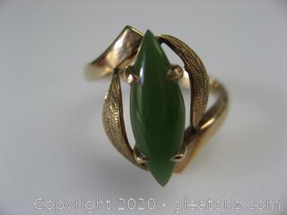 14kt Yellow Gold Jade Ring