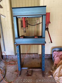Vintage Manual Hydraulic Press
